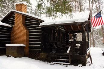 Cabin 17 Winter