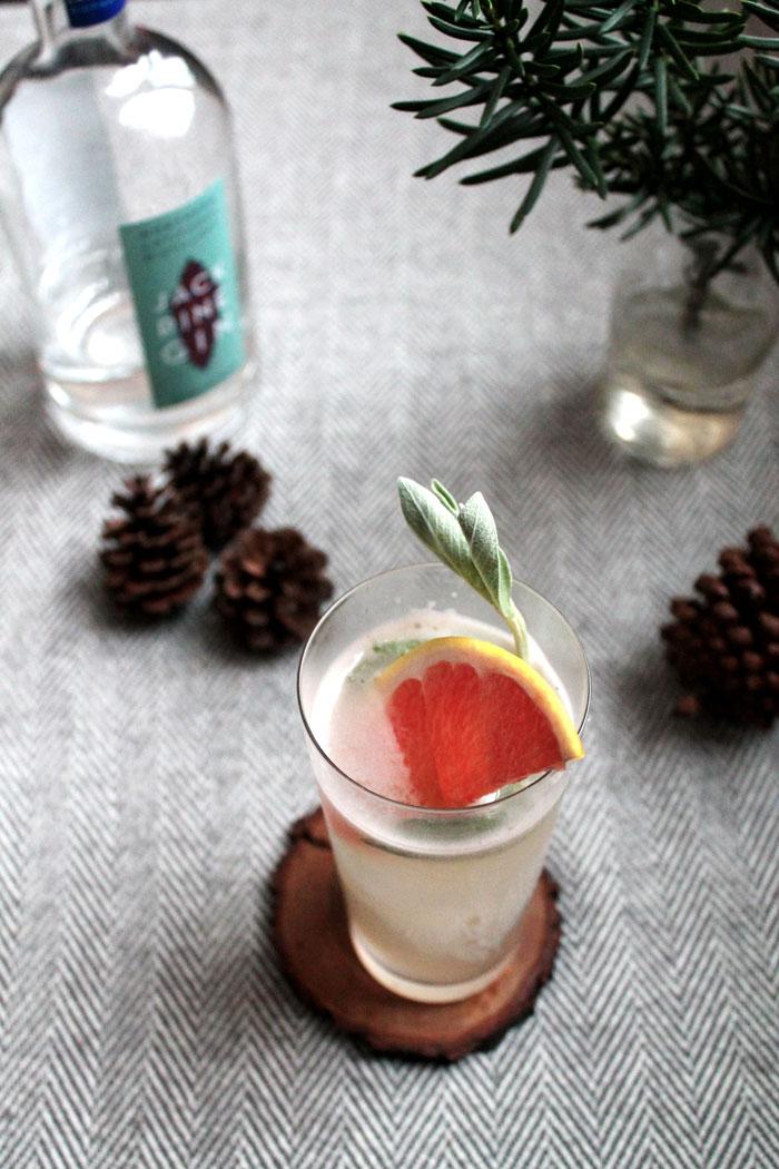 Gin, Sage, & Grapefruit Cocktail