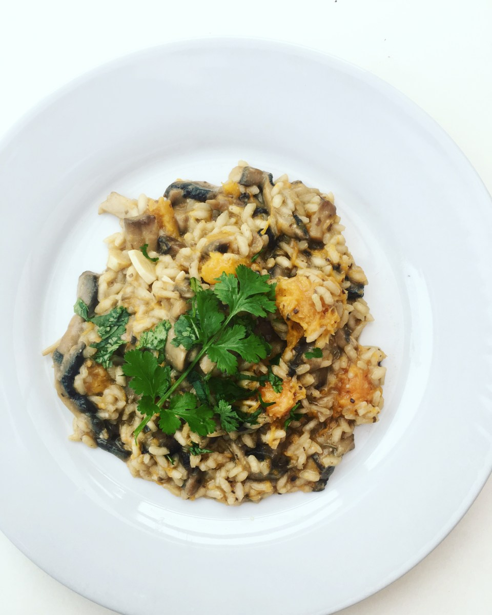Vegan mushroom and squash risotto (risoto vegano de cogumelos e abobora)