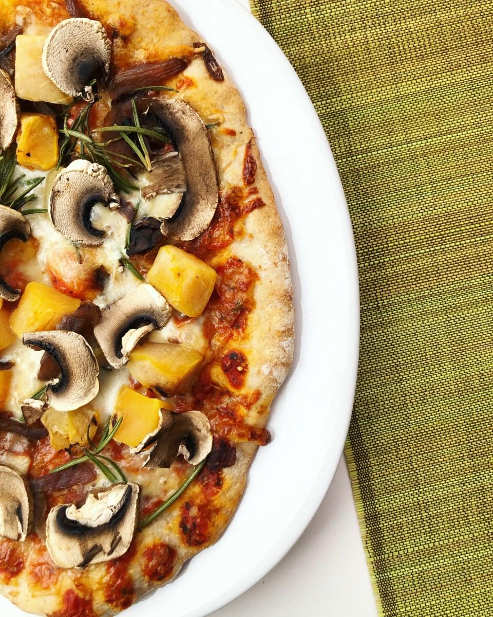 Vegan Roasted butternut squash Pizza (Pizza vegana de abóbora)
