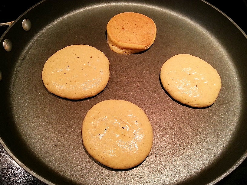 Quick and Easy Pumpkin Pie Spice Pancakes