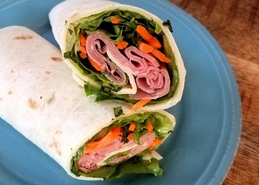 Roast Beef Wrap Sandwich with Thai Sauce