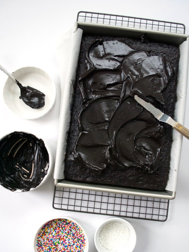 frosting sheet cake