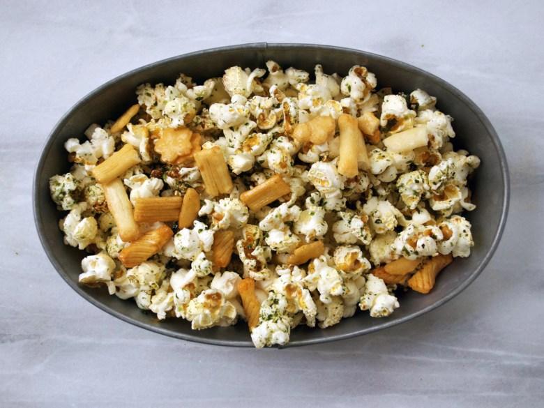 Hawaiian popcorn