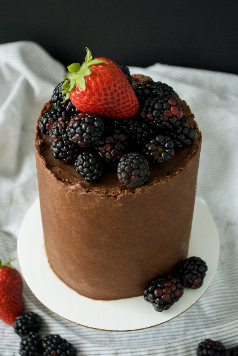 mini chocolate cake - dark