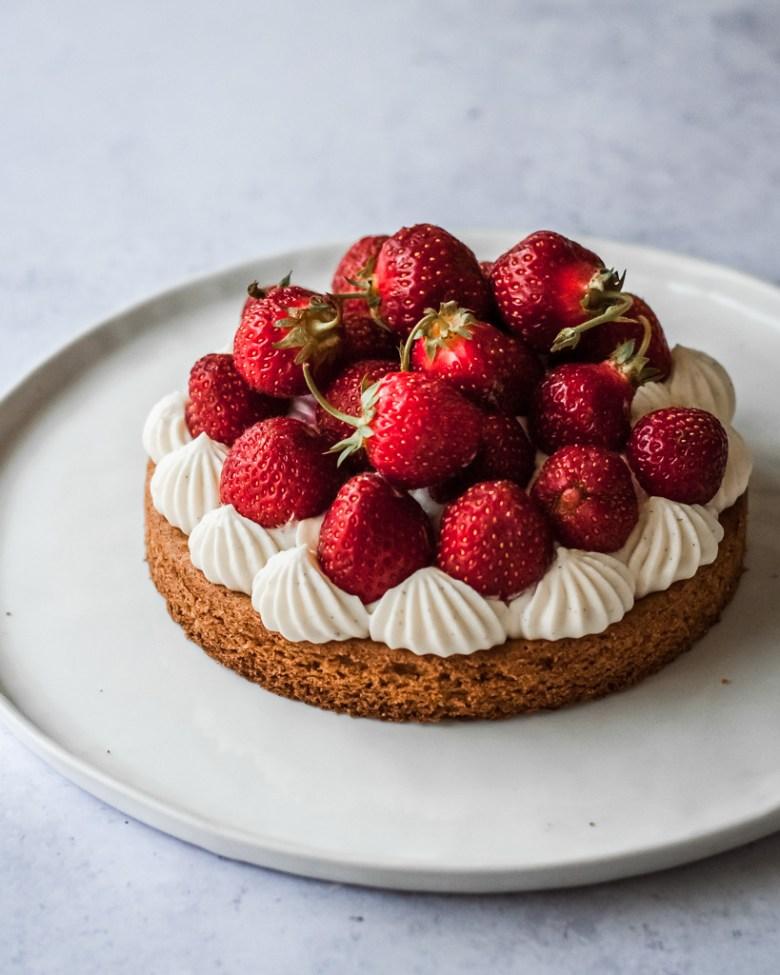 strawberry sable breton tart