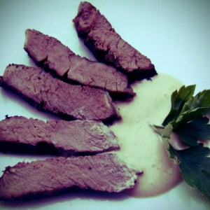 Steak with spiced yoghurt