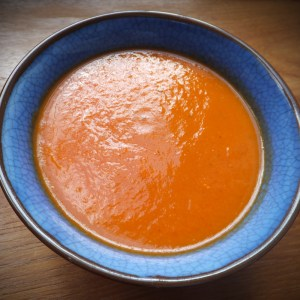 Roasted pepper & carrot soup