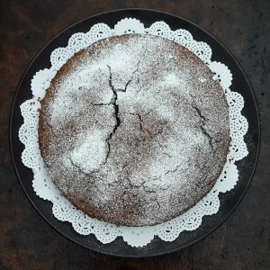 Flourless chestnut and chocolate cake