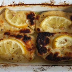 Grilled halloumi with lemon