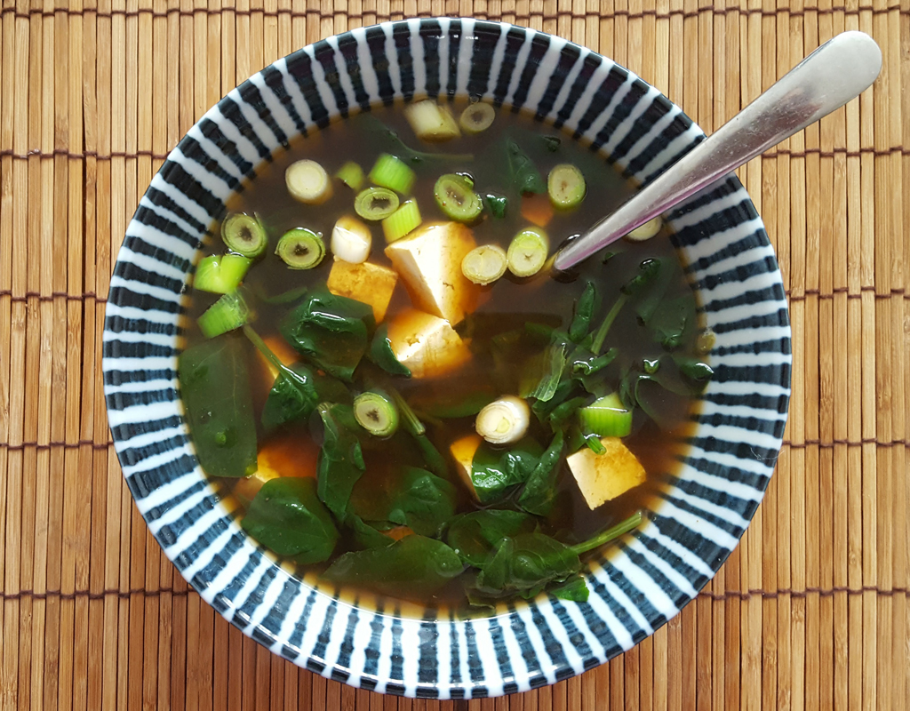 Miso and spinach soup