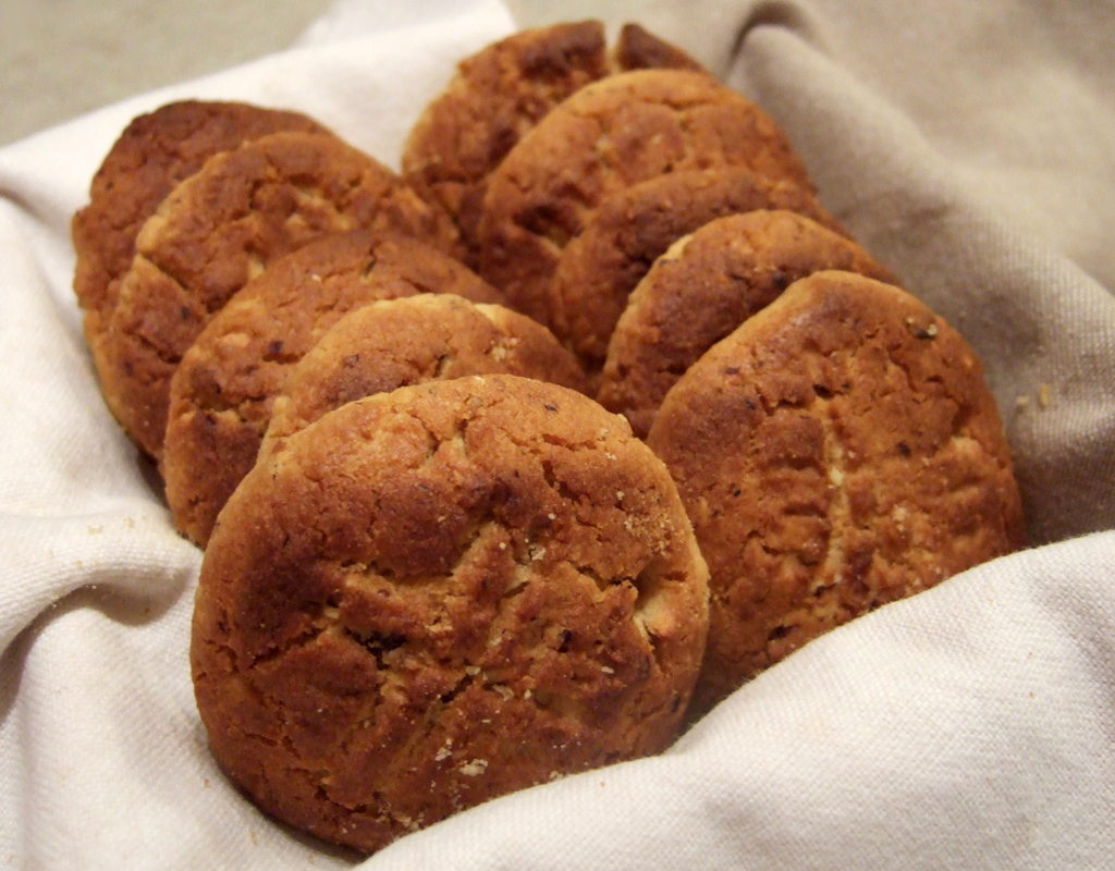 Vegan hazelnut cookies