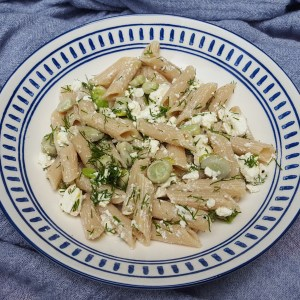 Pasta with feta and broad beans