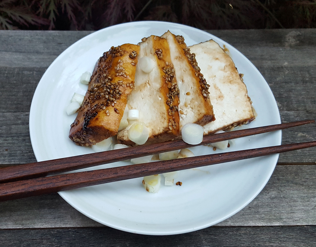 Sesame crusted fried tofu