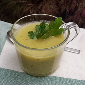Chicory and leek soup