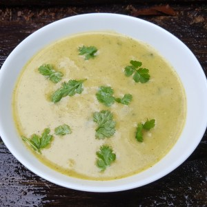 Curried cauliflower and broccoli soup