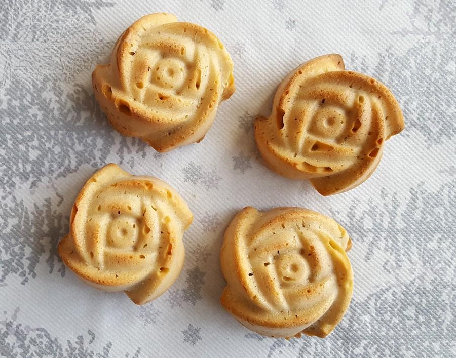 Zesty lemon muffins