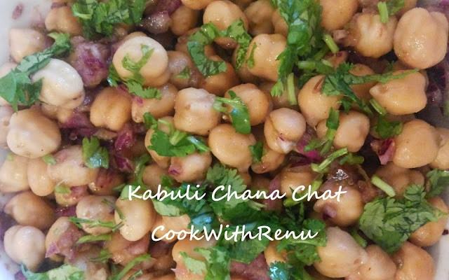 Kabuli Chana Salad/Chaat (Chickpea Salad)