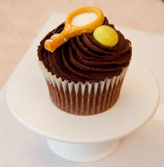 Wimbledon themed cupcake