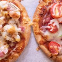 沙樂美車厘茄薄餅 | 蘑茹意大利熏肉薄餅 - 簡單好吃的迷你意大利薄餅食譜