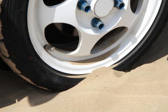 千里浜なぎさドライブウェイ,砂浜,砂,スタック