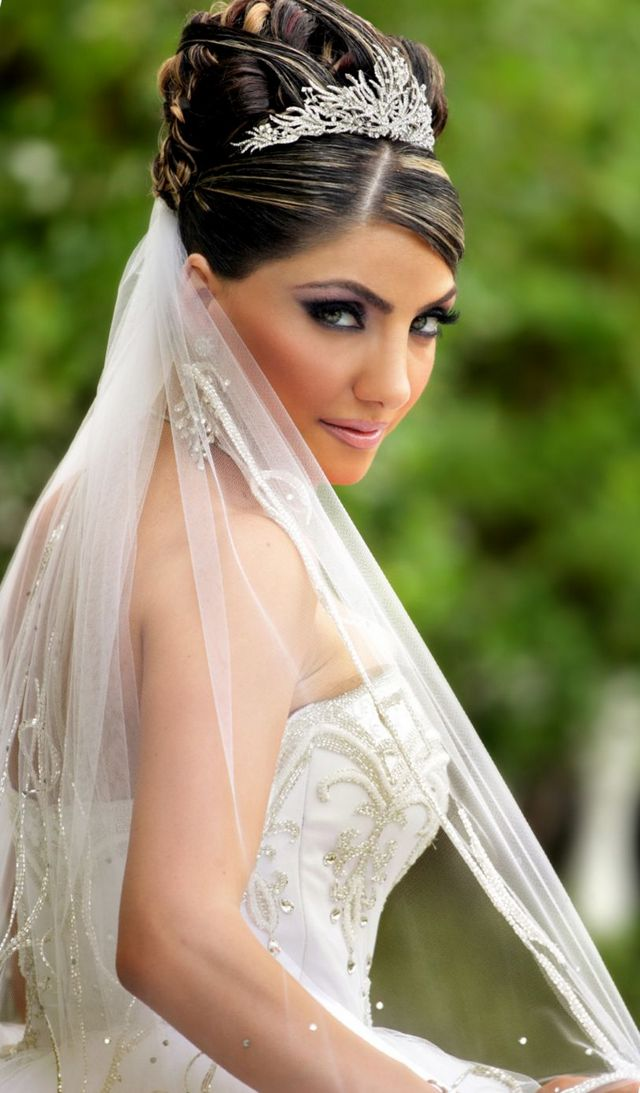 Wedding Hair With Veil And Tiara Midway Media