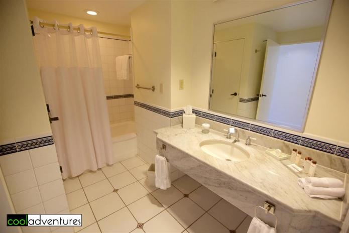 Bath, Las Vistas wing ocean view room, El Conquistador, Puerto Rico