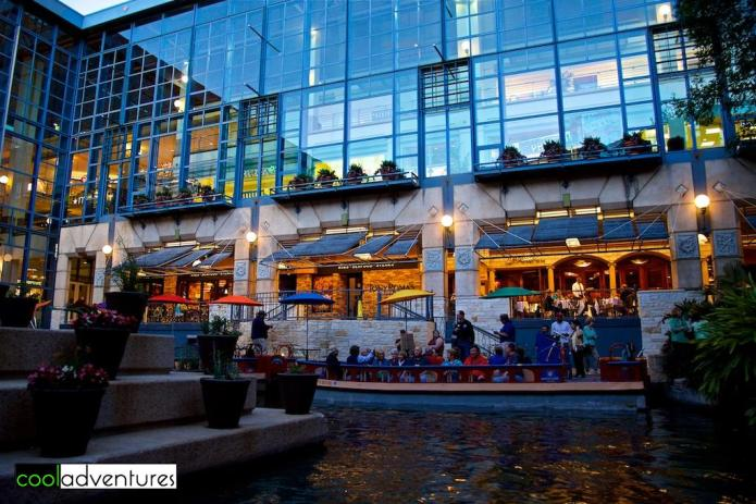 Rivercenter Mall, San Antonio, Texas