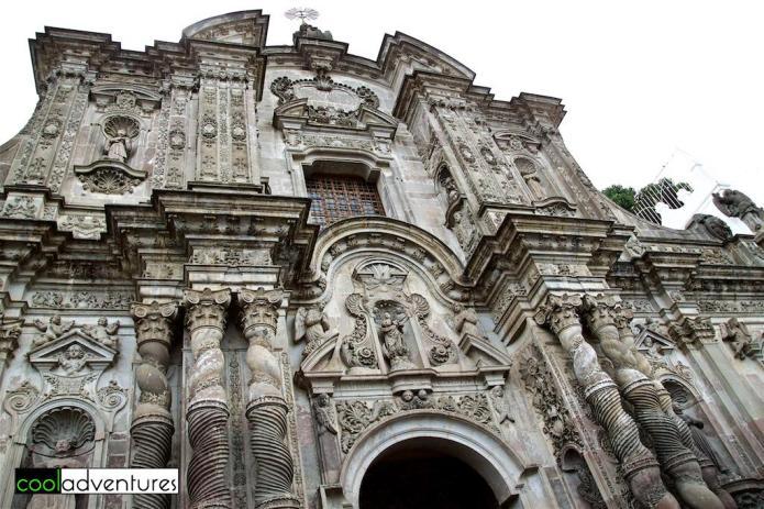 Things to do in Quito: La Iglesia de la Compañía de Jesús