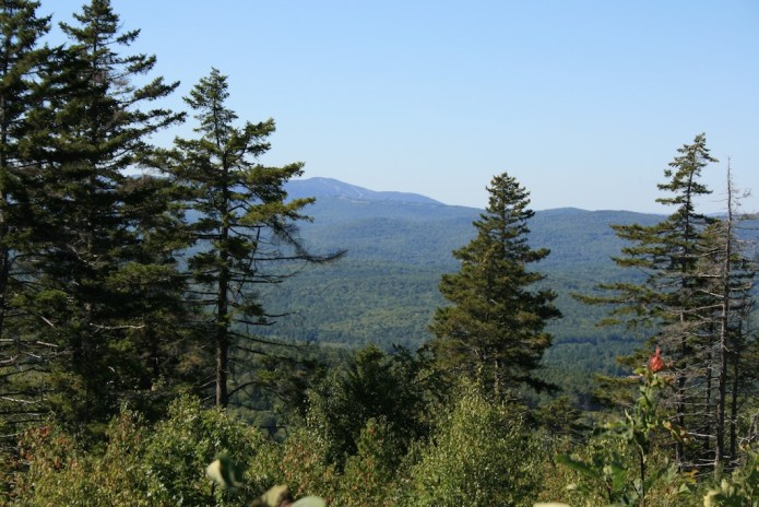New Hampshire Hiking: Views From Mount Kearsarge