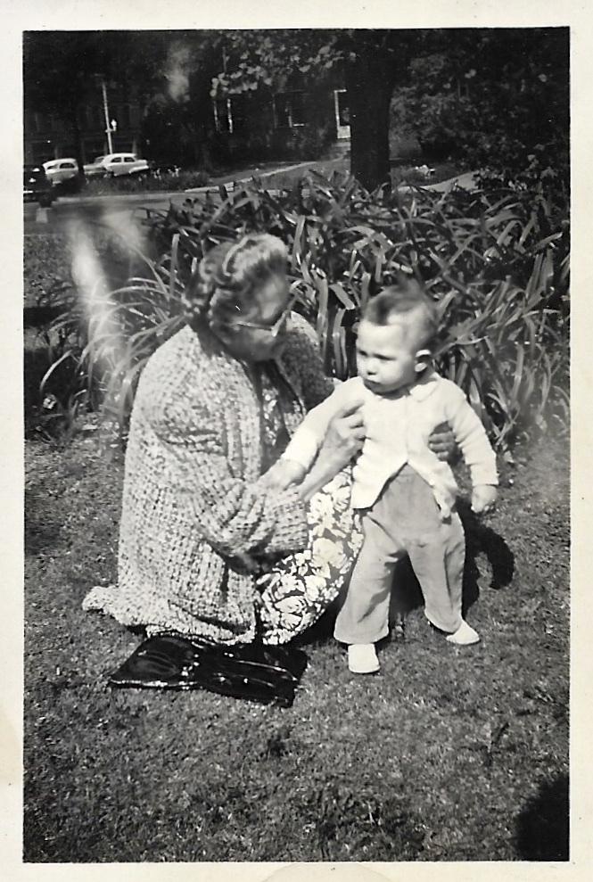 Myrtle Phillis and Bob Faulkner, 1945, Independence, Kansas