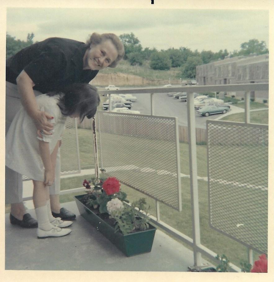 Kimberli Faulkner and her aunt, Eleanor Baird, Kansas City, 1968