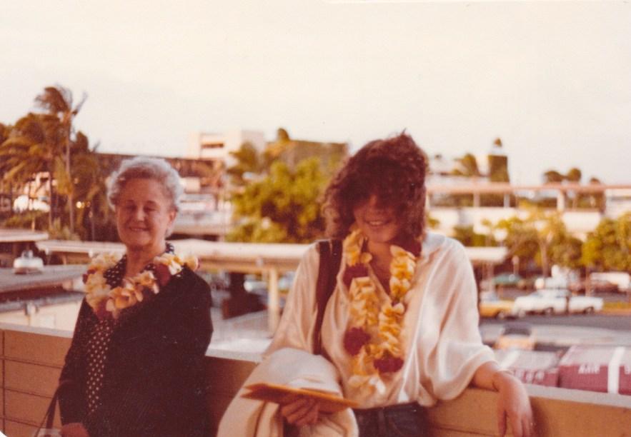 Eleanor Baird and Kimberli Faulkner Hull, arrival in Honolulu, 1