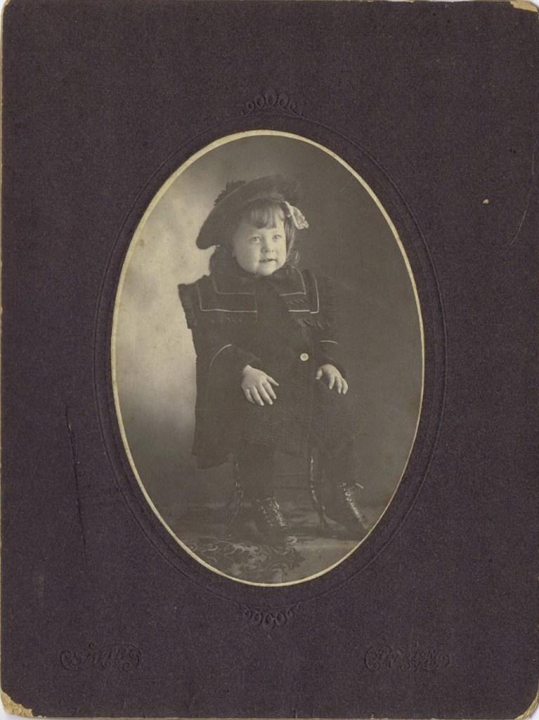 Winifred Hooper family photos-child