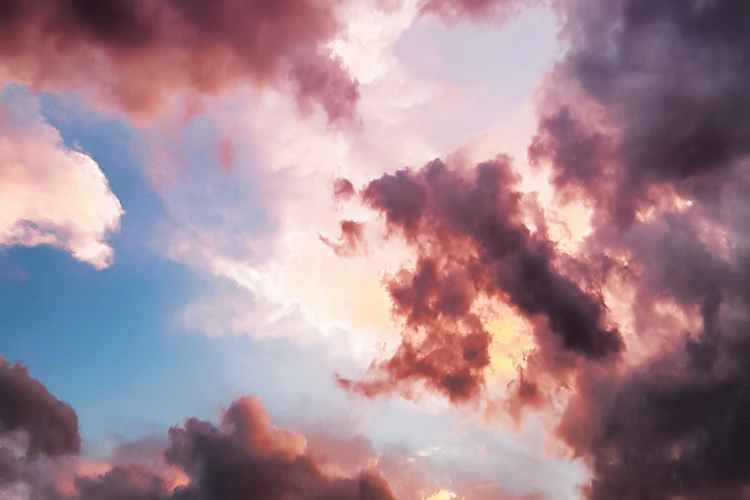 down angle photography of red clouds and blue sky