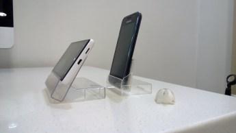 phone-dock-side