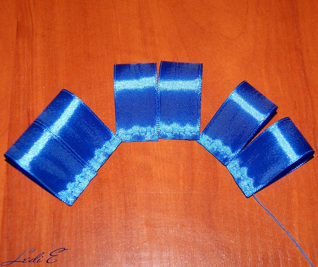 DIY Pretty Satin Ribbon Bows