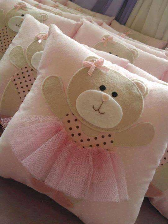 Cutest DIY Pillow Ideas  Page 2 of 4