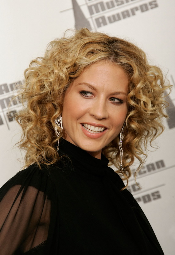 Cool Curly Hair The Latest Curly Hair Styles Trends