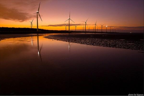 Sunset at Gao Mei Wetlands in Taiwan