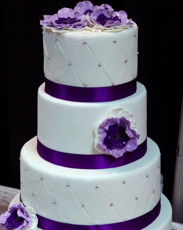 purple flower wedding cakes