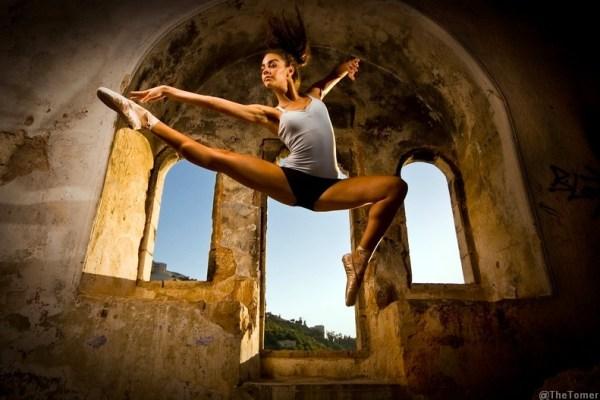Jumping Yuval Flash