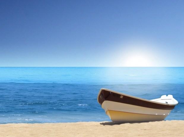 BOAT SEA BEACH