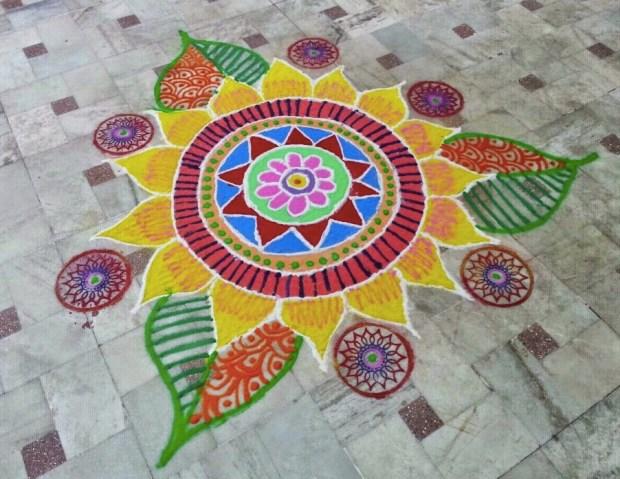 an-easy-and-attractive-rangoli-design