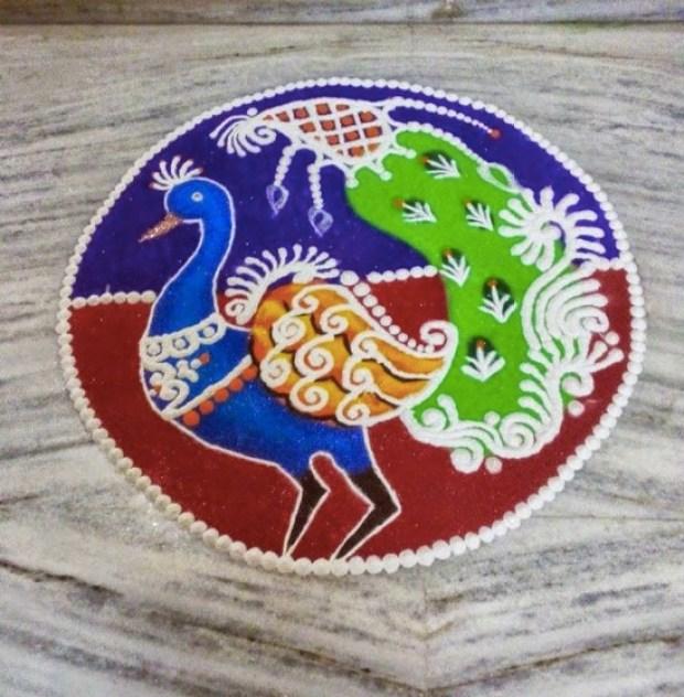 peacock-rangoli-created-using-beautiful-curves