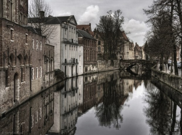 Reflections of the past in Bruges