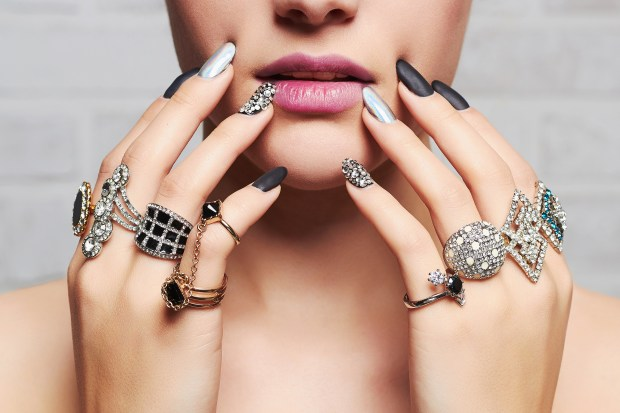 women hands with rings