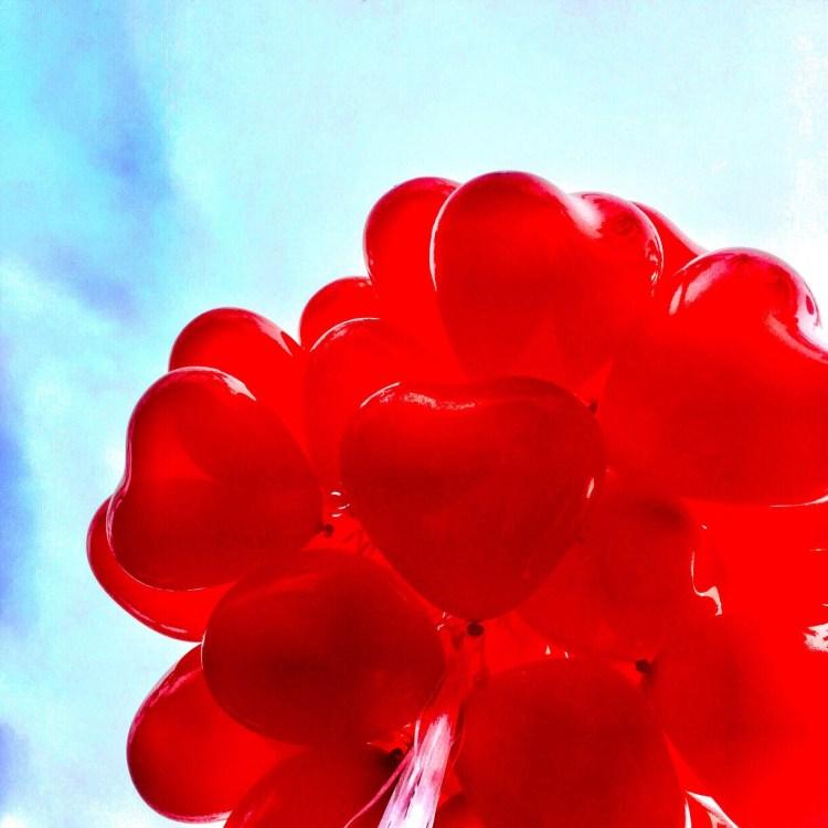 A bouquet of heart shape balloon