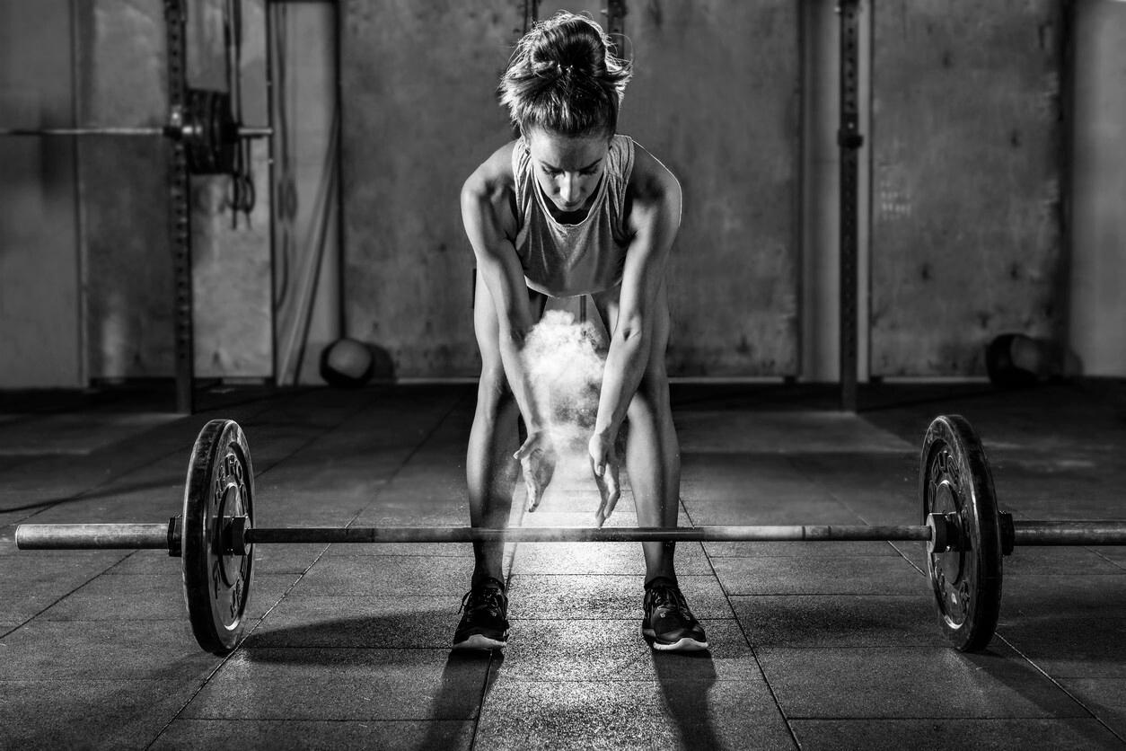 Fuerza en mujeres: el entrenamiento que debes probar