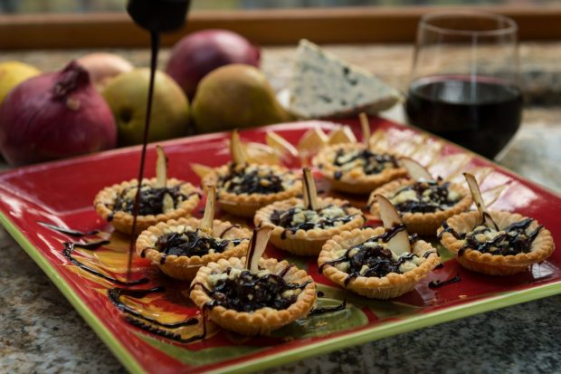 Cabernet Merlot Caramelized Onion Tart with Gorgonzola and Bosc Pear